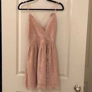 Tobi Lace Dress In Baby Pink NWT